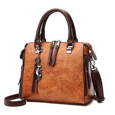da1d0486308f Женщины кисточкой мода плеча мешки большой емкости случайные женская сумочка  заклепки молния