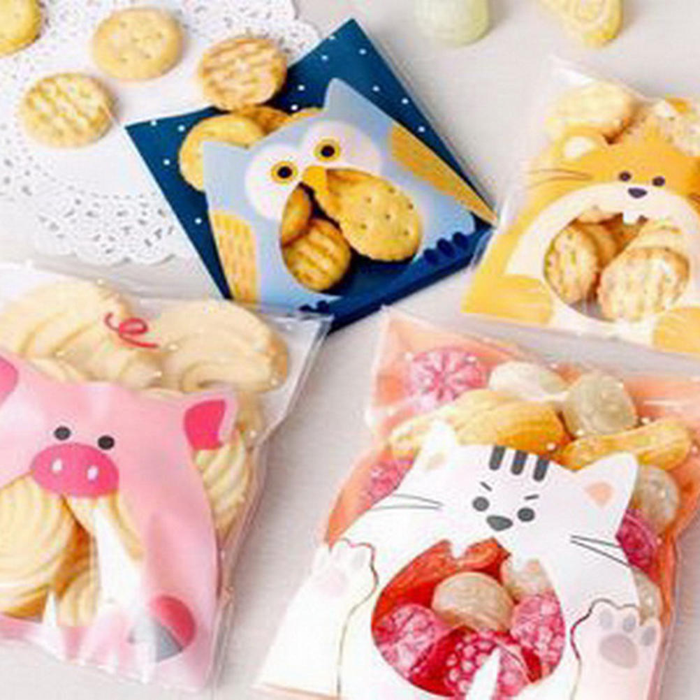 Plastic Resealable Biscuit Bags Pig And Rabbit Self-Adhesive About 100pcs