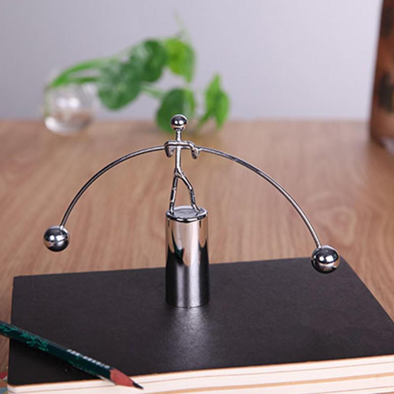 Modello Perpetuo Movimento Girevole Decorativo Ornamento Tavolo Ufficio Giochi Bambini Regale Plastica Metallo Staffe