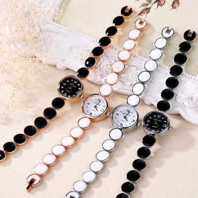Women's Bracelet Watch Ms. Wafer Design Round Dial Bracelet Watch Ms. Quartz Watch