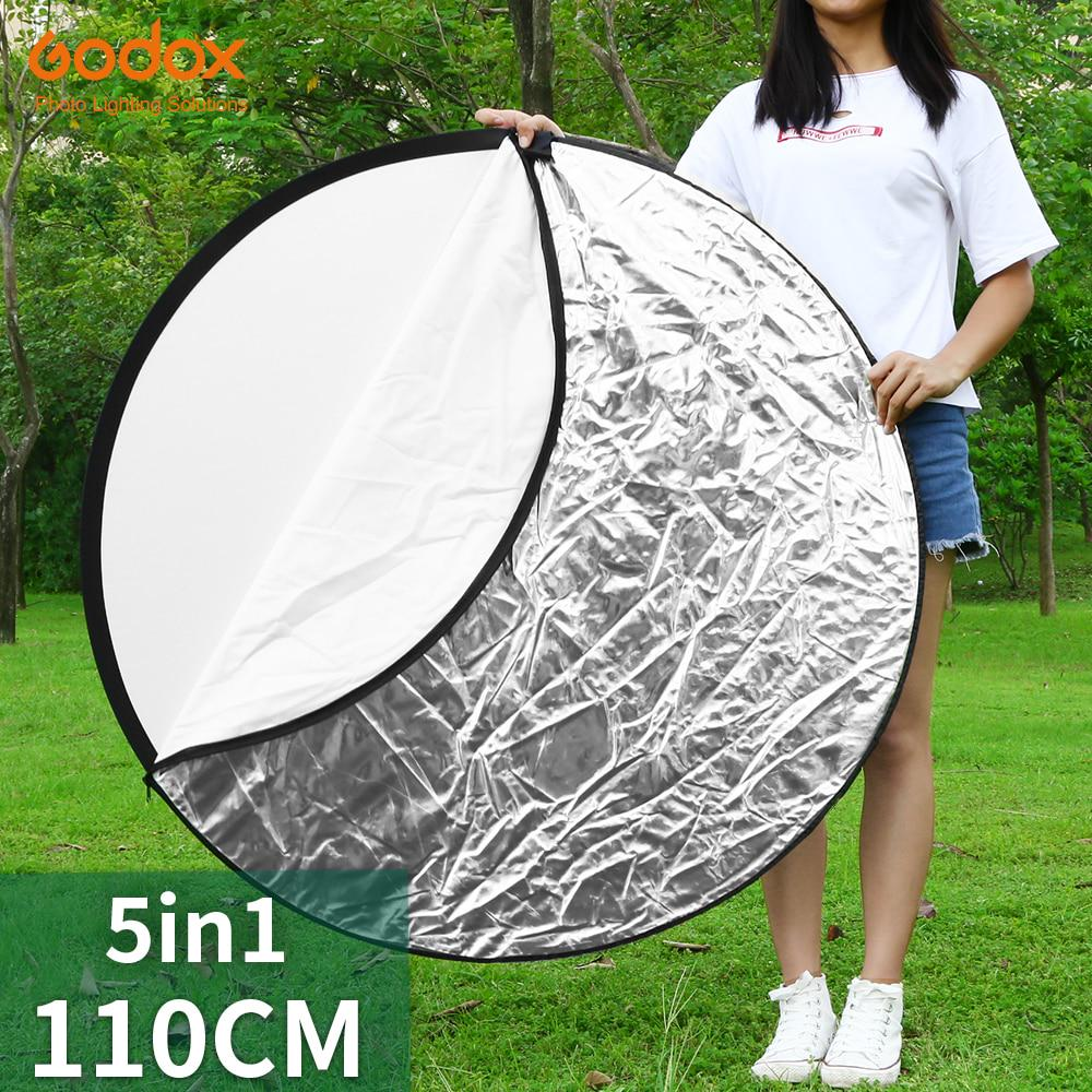 Photographic reflector 5-in-1 43 Inch 110cm Portable Round Reflector Collapsible Multi Disc With Carrying Case With 2 Comfortable Grips Ideal For Photography Activities Portable photography reflecto