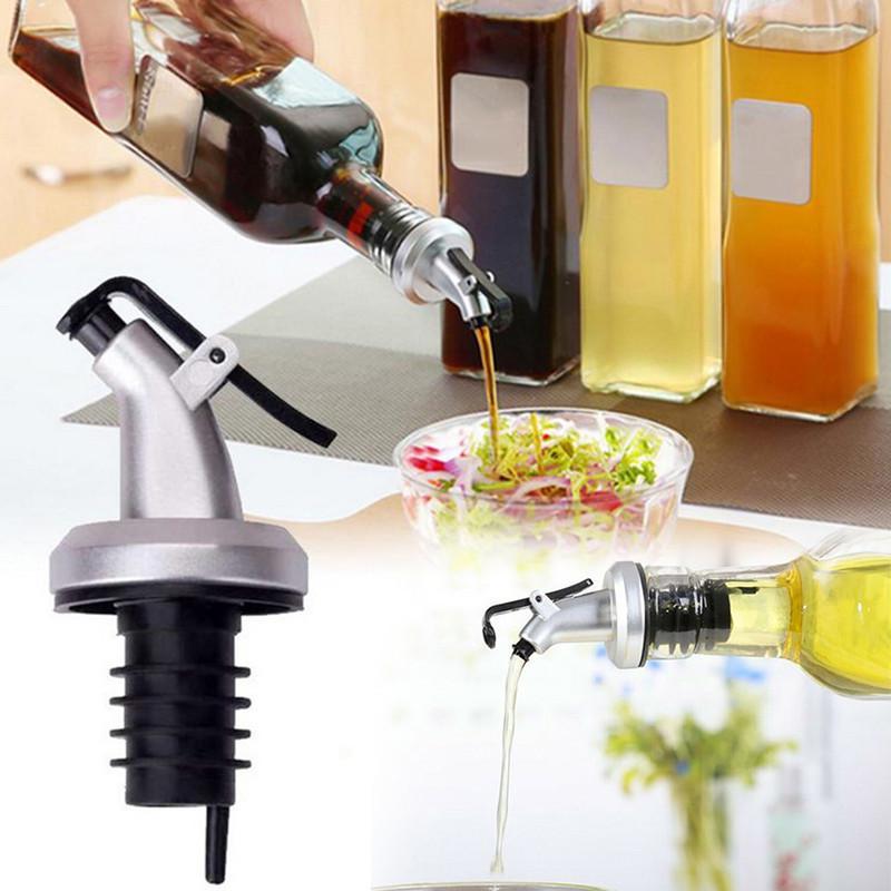 Dispenser Pourers Flip Stopper Kitchen Oil Bottle Sprayer Spout Liquor Nice K6Y8