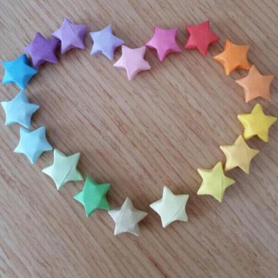 Paper Strips on Origami-Stars - DeviantArt | 400x400