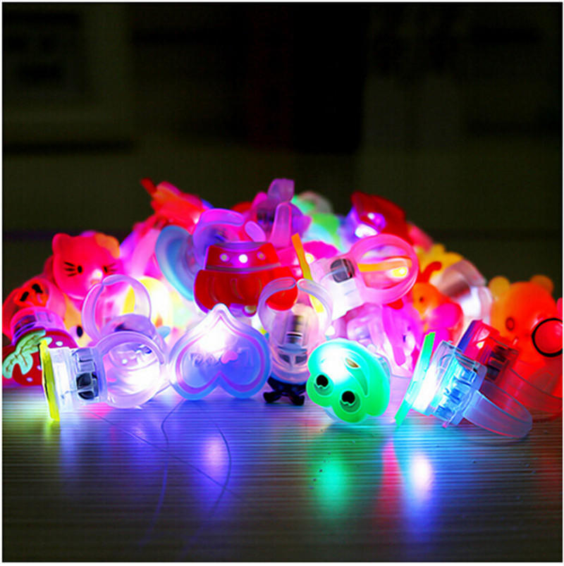 10Pc Kids Party Favors Glow in The Dark Finger Light Up Glow Rings LED Kids Toys