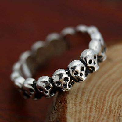 Titanium Steel Necklace Men and Women Simple Punk Fashion Skull Trend Gift Creative Personality Vintage Pop