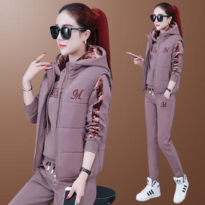 Durable Fashion Women's Autumn and Winter Plus Velvet Padded Sportswear Plus Size Casual Three-piece Fashion Sweater