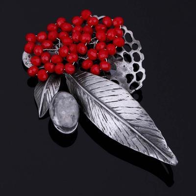 8b27b2007e49 Joyería caliente de la hoja Vintage broches cristal rojo perlas broche  imperdibles mujeres colgante accesorio