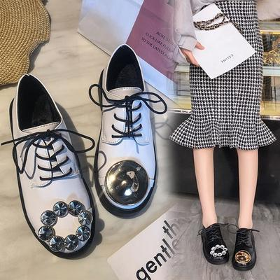 Womens Casual Shoes Flat-Bottomed Lacing White Shoes Soft Bottom Non-Slip College Wind Womens Shoes.