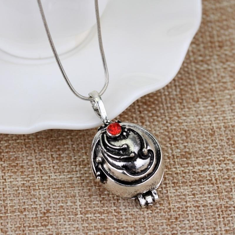 High Collectible  Retro Vampire Diaries Katherine/'s Cameo Pendant Necklace Gifts