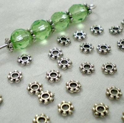 200pcs 4mm Silver Plated Daisy Flowers Spacer Beads Jewelry Craft Top Quality