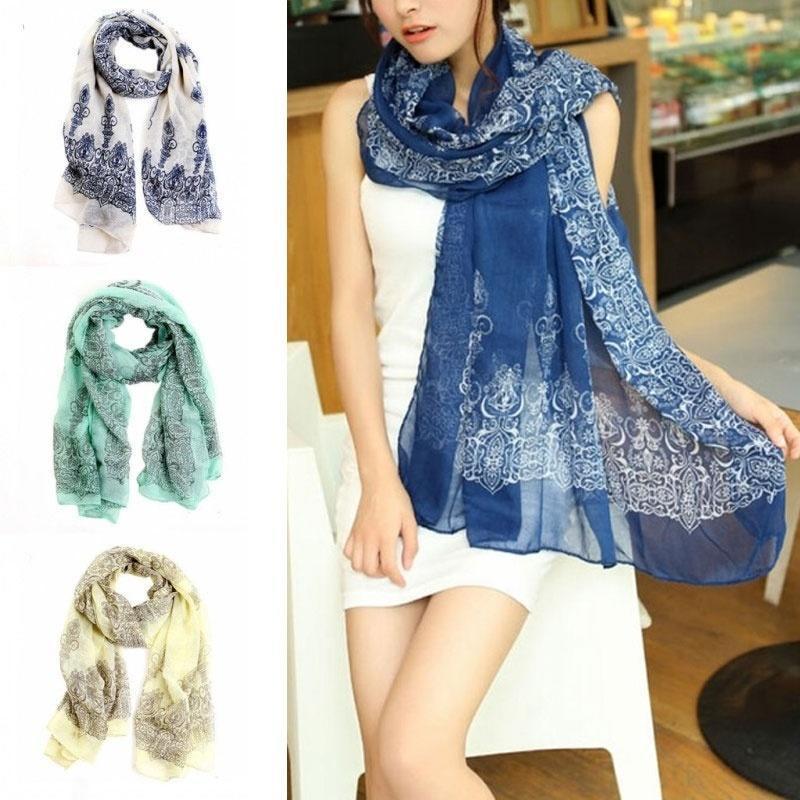中国风青花瓷薄秋冬女款长款围巾 披肩新款巴里纱质感丝巾