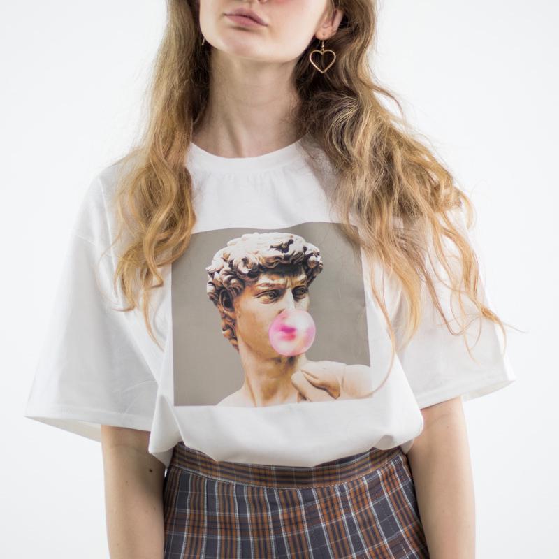 Женская футболка с коротким рукавом и принтом фото