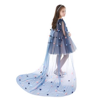 0614accc6d Sukienka dla dzieci wybiegająca w kratkę Sukienka z dekoltem w szpic  Księżniczka wykonana z siateczki