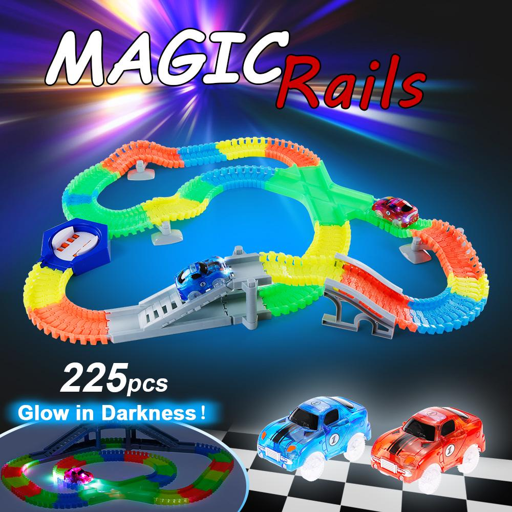 MAGIC TRACKS RACERS Glow in the Dark with 2 Racing Cars 240pcs Track