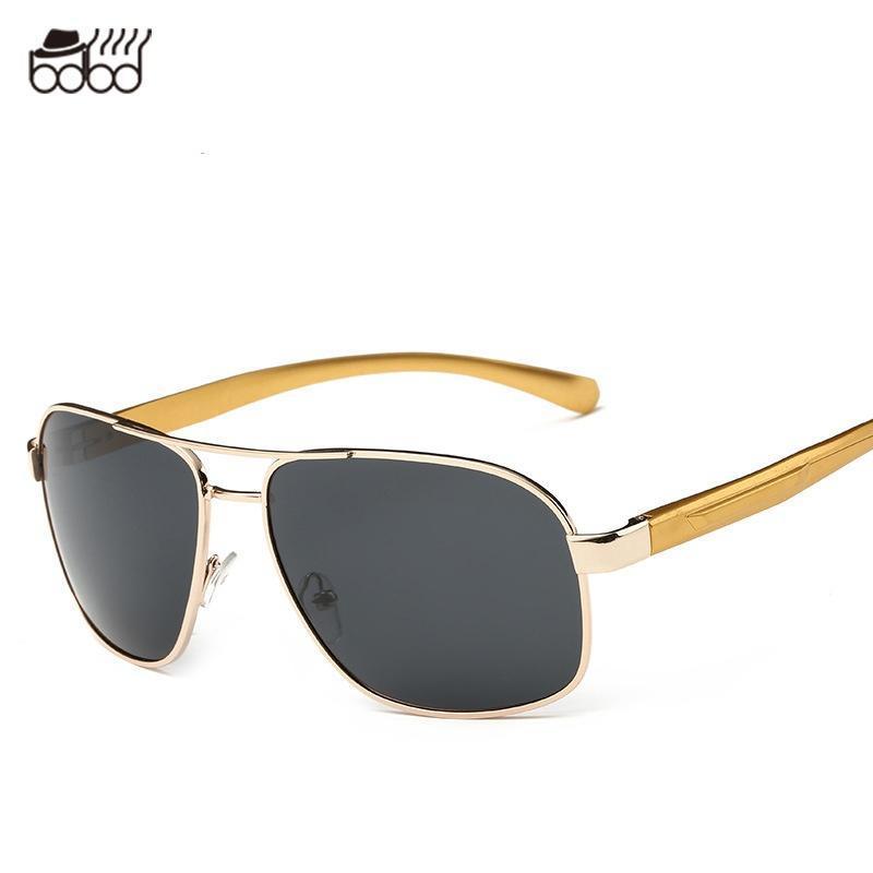 Polarisierte Sonnenbrille Treibende Fahrerbrille Polarisierte Sonnenbrille , Gun Rahmen Voll Grau