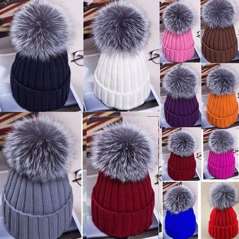 Женщины Pom Beanies Теплый вязаный Bobble Girl Fur Pompom Шляпы Real Енкун Мех Помпон Случайный Шляпа